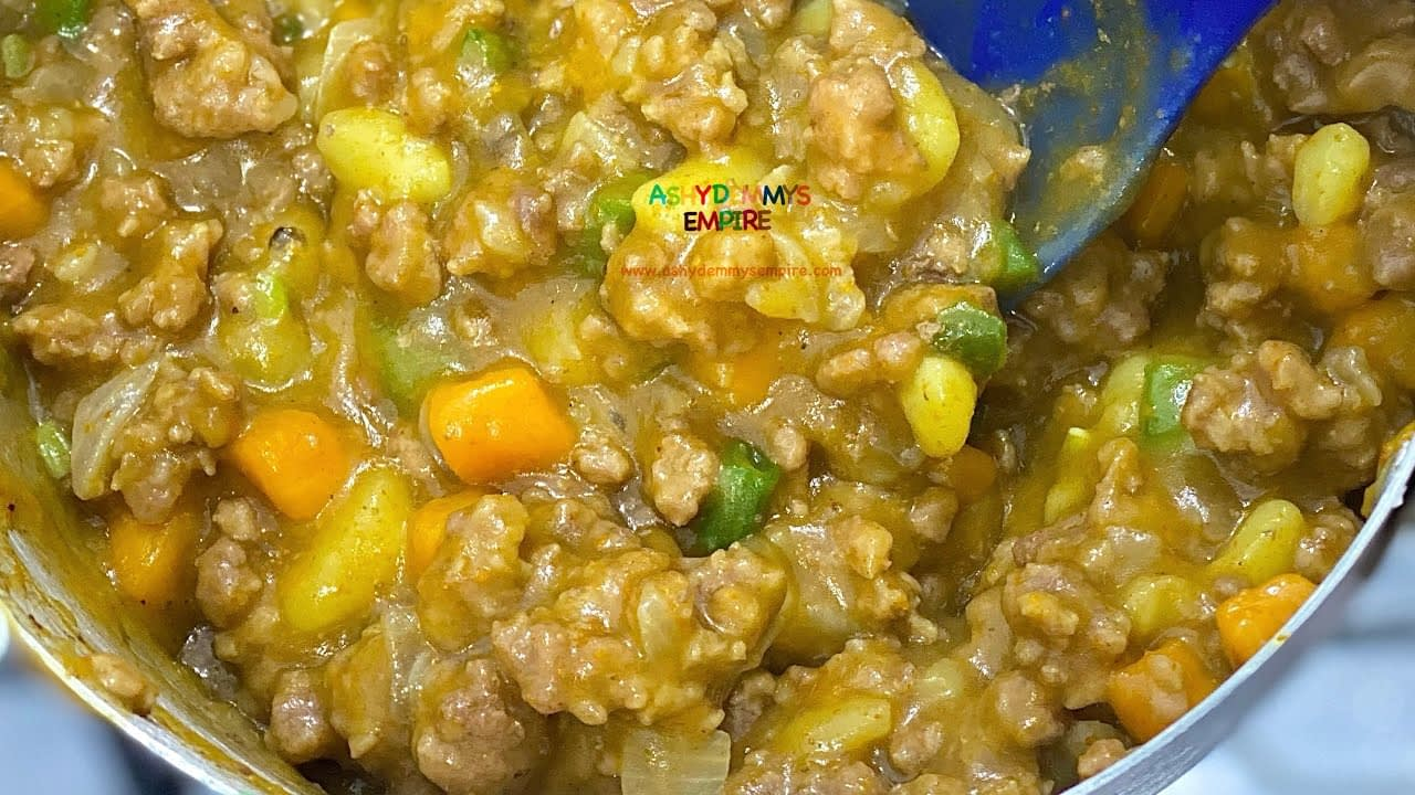 """THE BEST """"MELT IN THE MOUTH""""NIGERIAN MEAT PIE FILLING"""